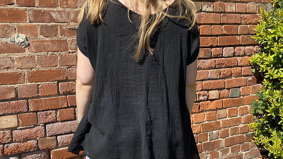 Black Short Sleeved Linen Top