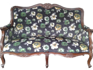 Stunning Vintage French couch...