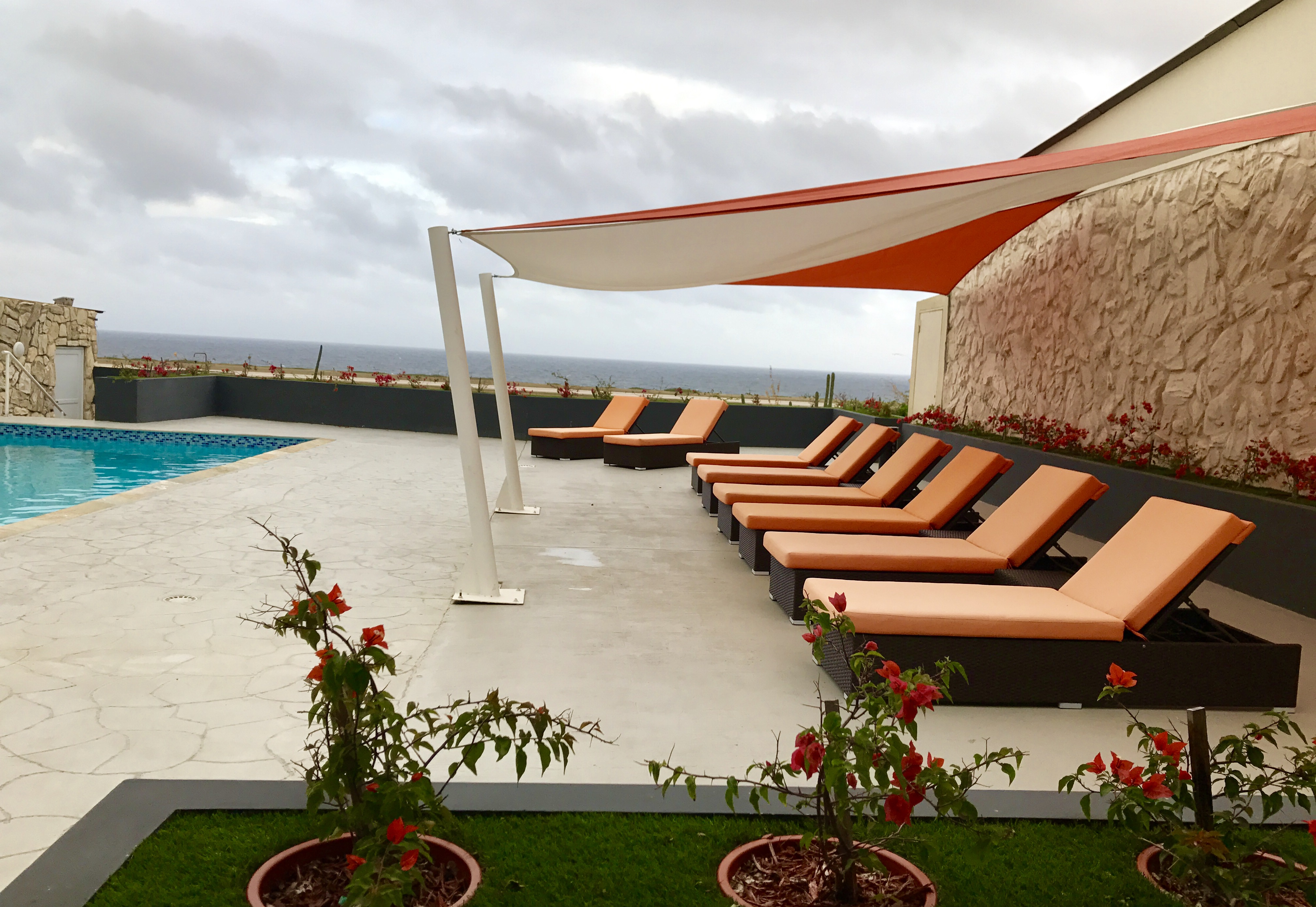 Terrace-curacao-airport-hotel