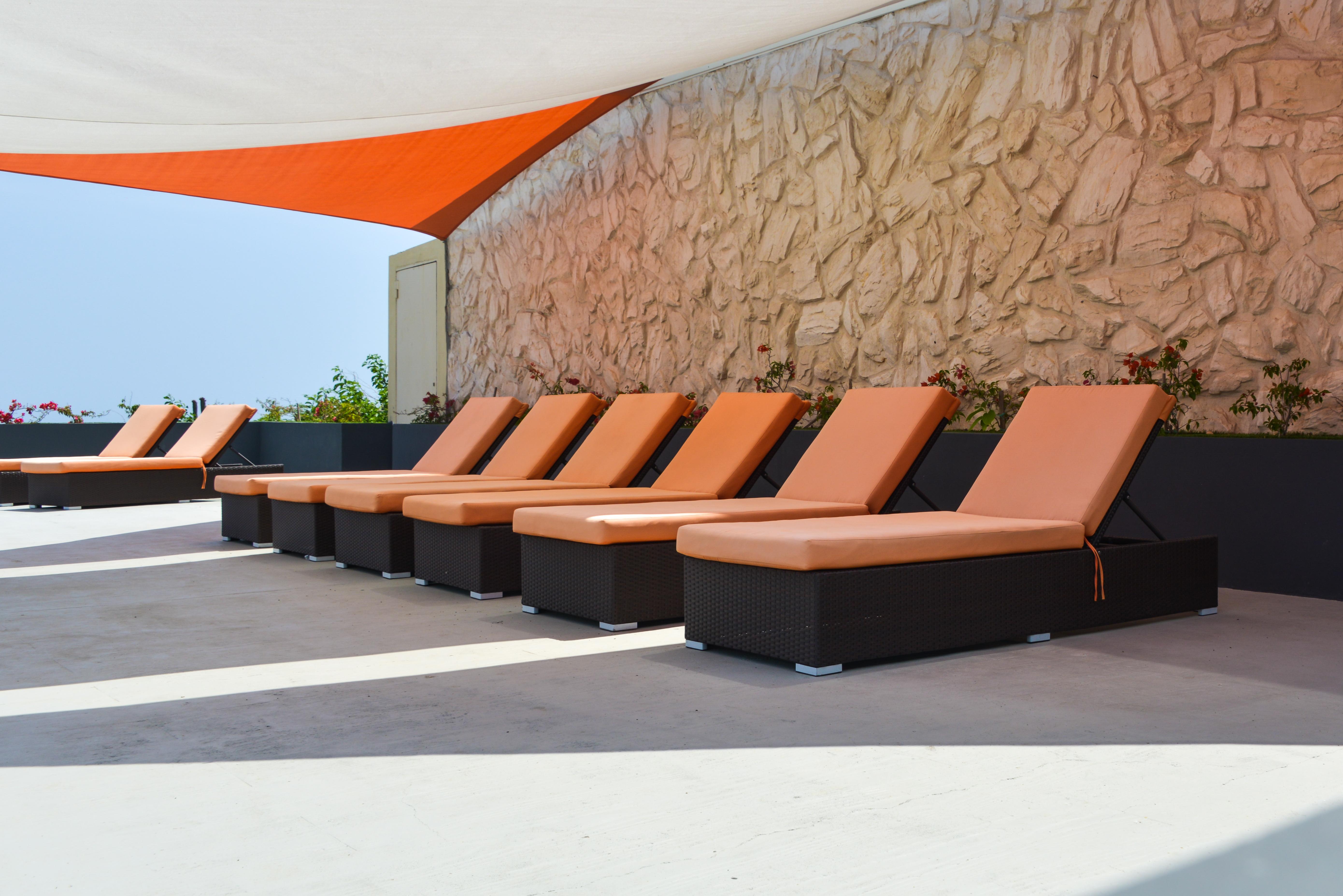 Curacao Airport Hotel Sundeck