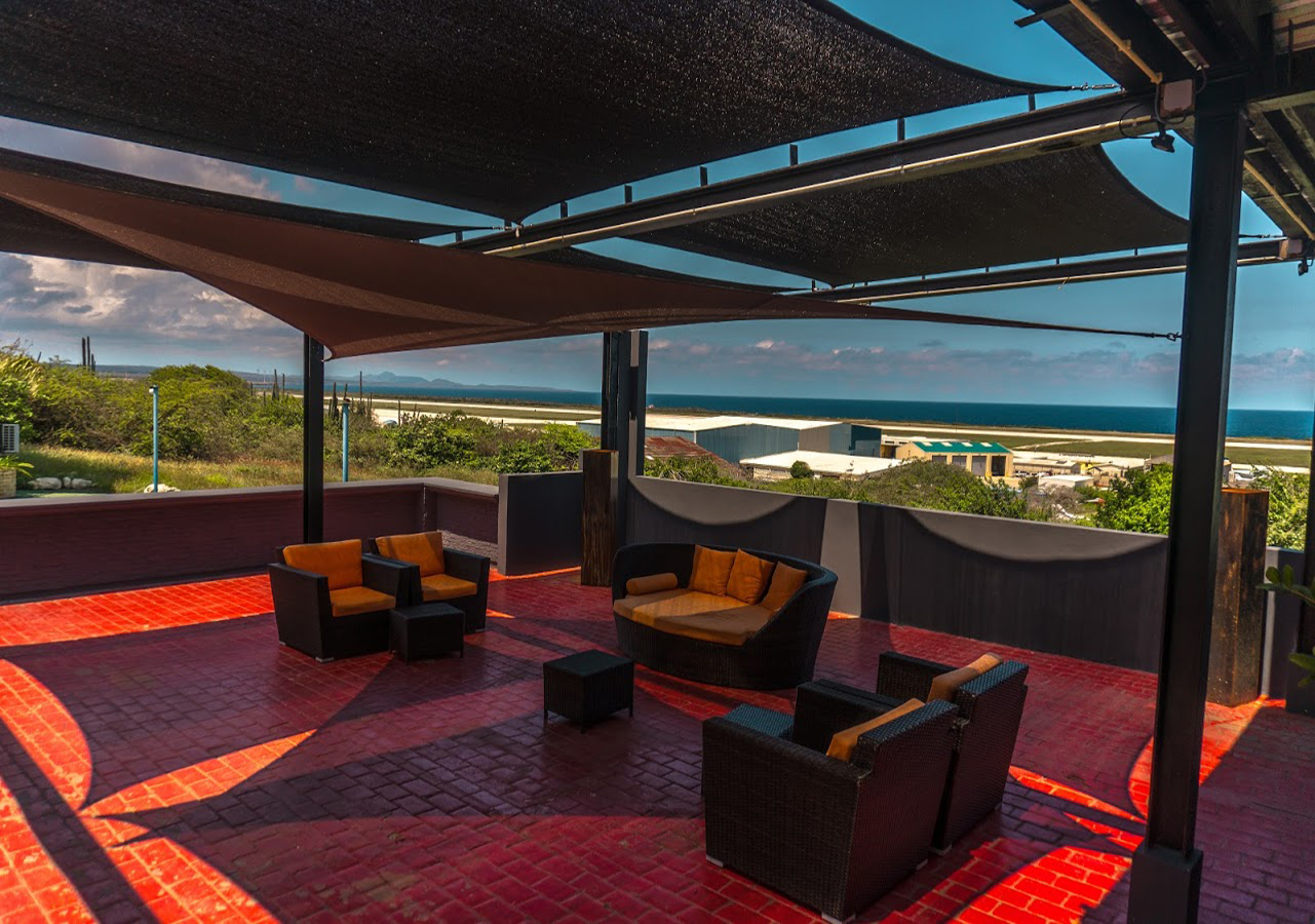 Curacao Airport Hotel Lounge