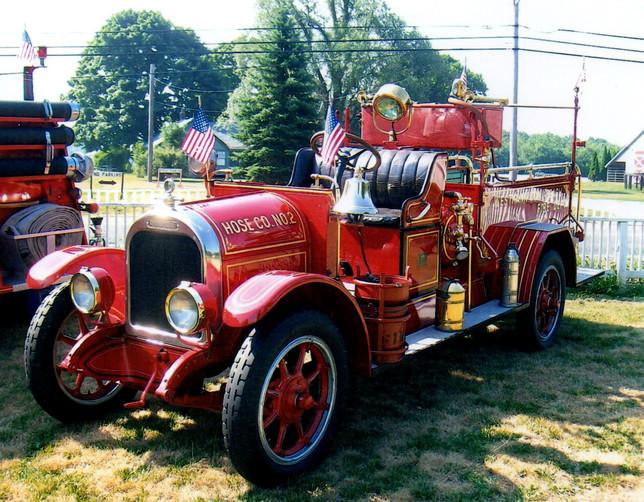 1924 Brockway Buffalo chemical truck - Westhampton Beach F.D.