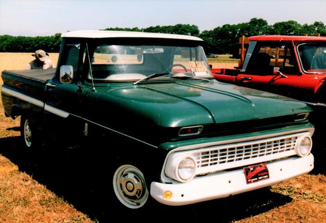 1963 Chevrolet pickup - Robert Mohr
