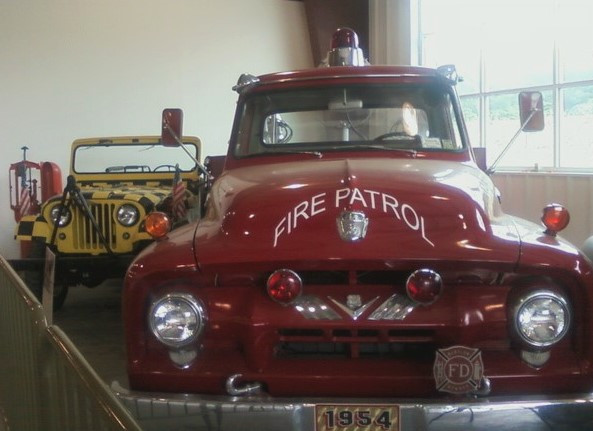 Fire engine & airport Jeep inside museum