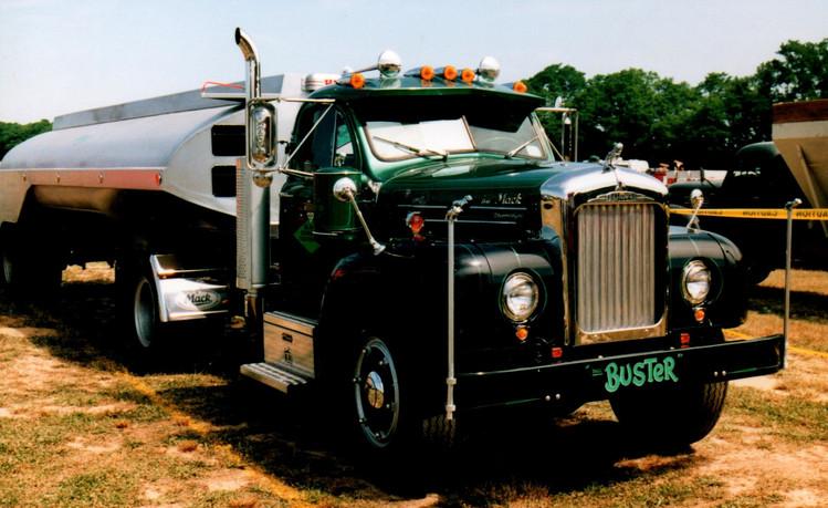 1958 Mack B-61XT tractor - 1958  Heil tank trailer - Bob Boerner