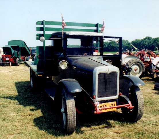 1929 International SF-46 flatbed - Bruce Young