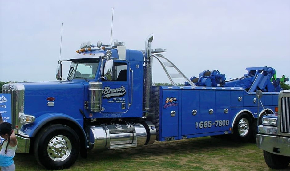 Peterbilt wrecker