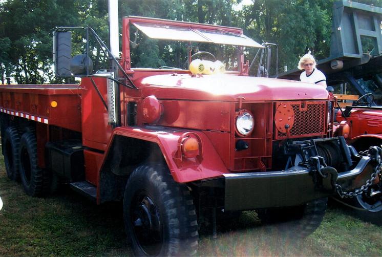 1966 Kaiser cargo