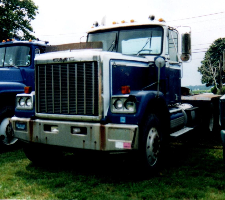 1979 GMC General tractor - Steve Wolbert