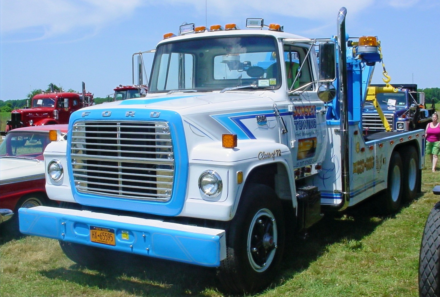 Featured show truck, Barry Stanchio's 1972 Ford LT-9000 wrecker
