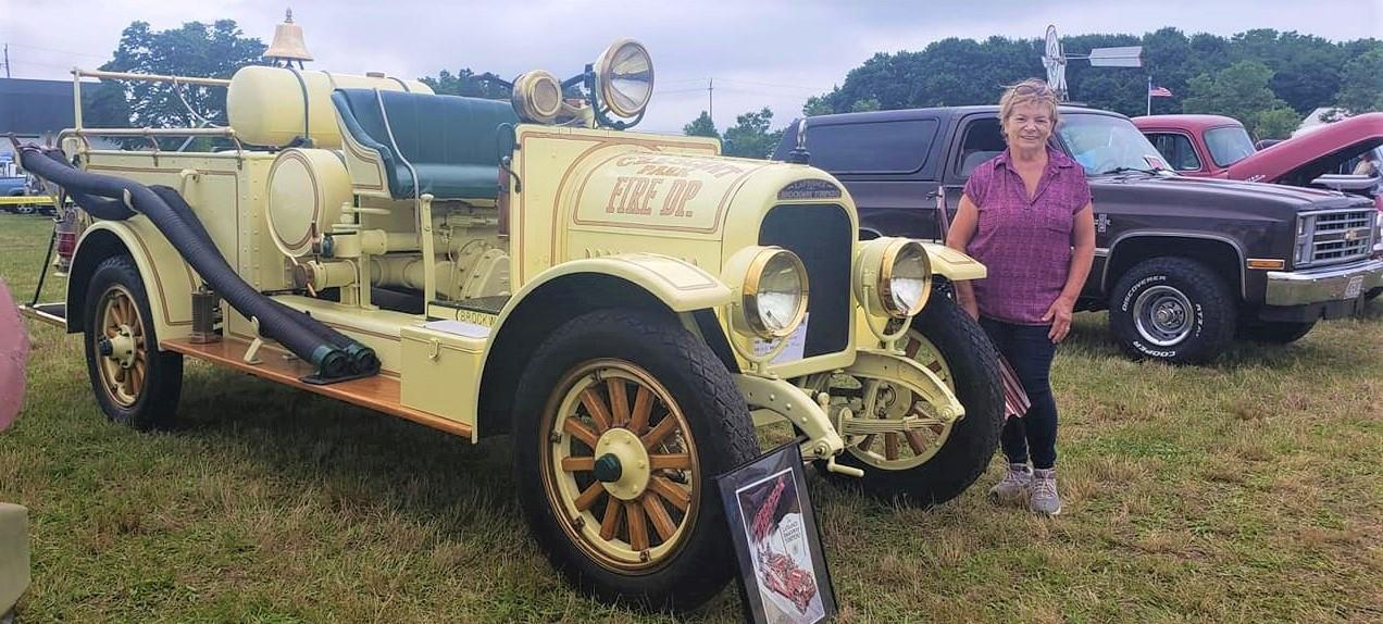 1923 Brockway LaFrance Torpedo fire engine - Philip & Rose Huntington