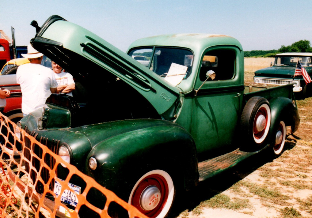 1946 Ford model G pickup - Terry Hulse