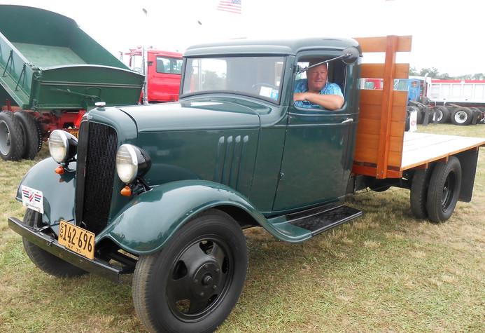 1935 Chevrolet flatbed - Lance Bielenda