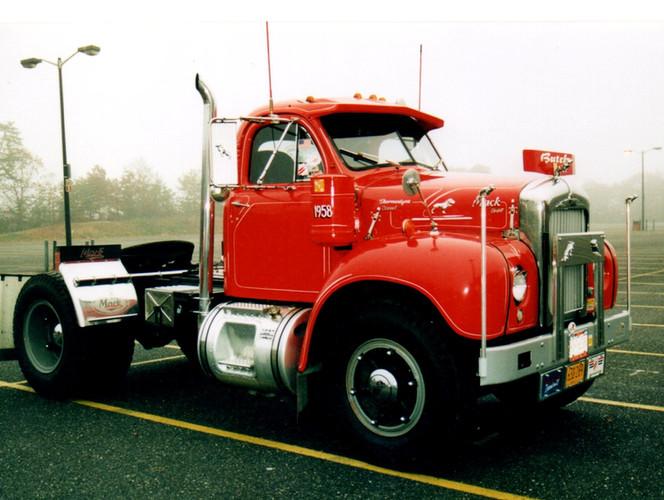 Howard Pratt's 1958 Mack tractor on a rainy day
