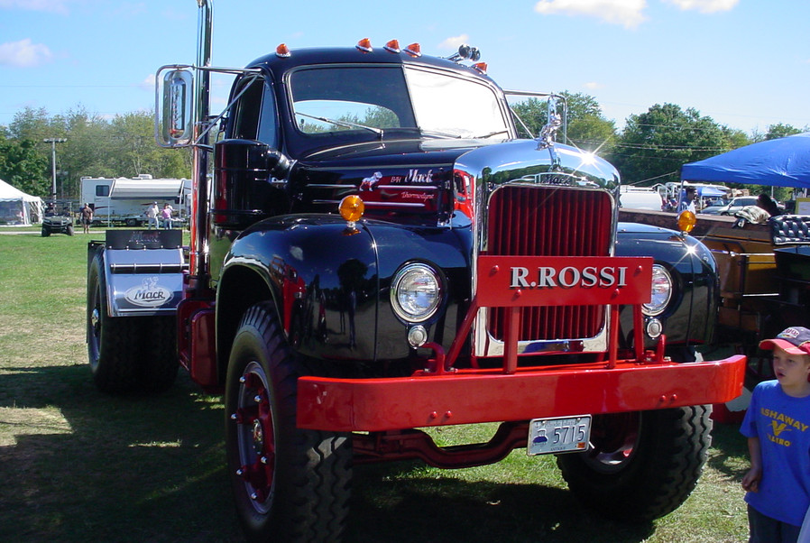 1955 Mack B-71 tractor