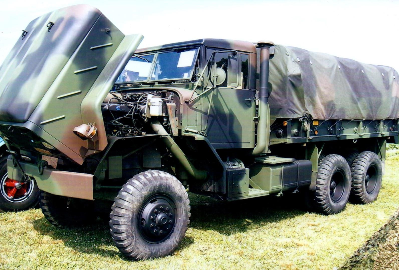1984 AM General M923 cargo - Robert Viscardi