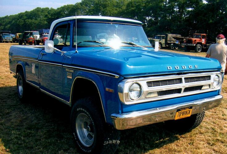 1970 Dodge Power Wagon pickup