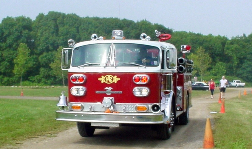 Great Neck Alert F.D. arriving with their 1982 American LaFrance 900 series pumper