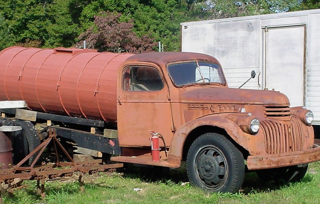 Ron Bush's 1946 Chevrolet water wagon