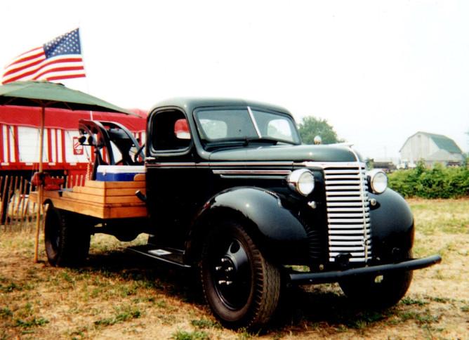 1940 Chevrolet wrecker - Billy Shea