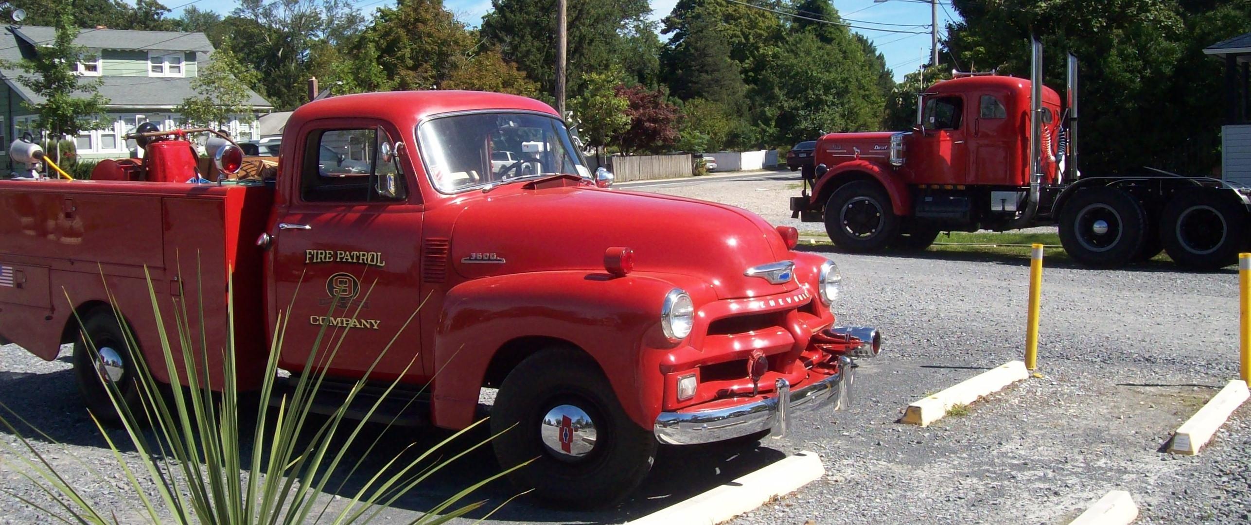 Philip Kenter's 1954 Chevrolet 3600 Fire Patrol truck