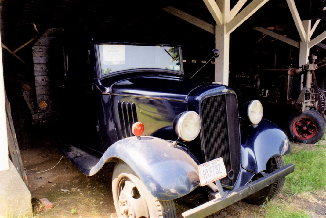1935 Chevrolet flatbed - Ron Bush
