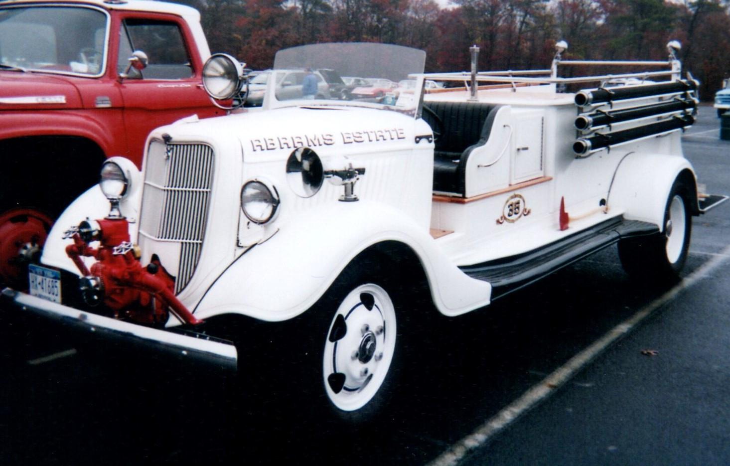 Floyd Chivvis' 1935 Ford
