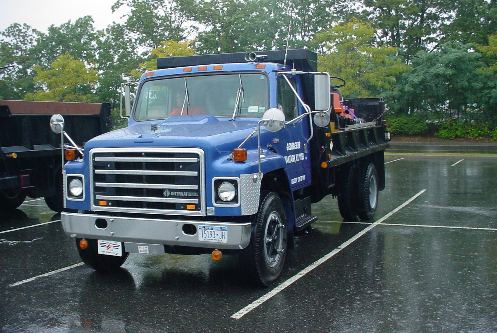 George Erb's 1981 International S-1800 flatbed dump