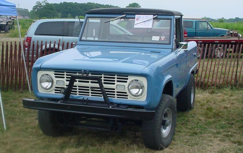 Ron Bruschi's 1966 Ford Bronco