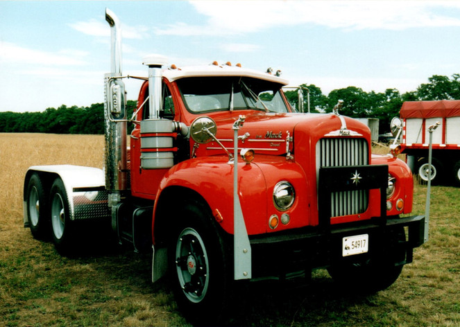 1962 Mack B-61 tractor from Connecticut