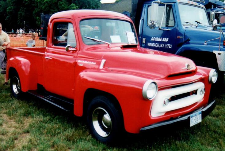 1956 International pickup - Denis Gates