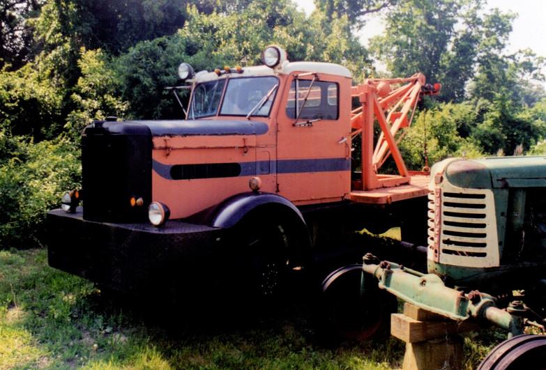 1956 Oshkosh & 1950 Oliver tractor - Ron Bush
