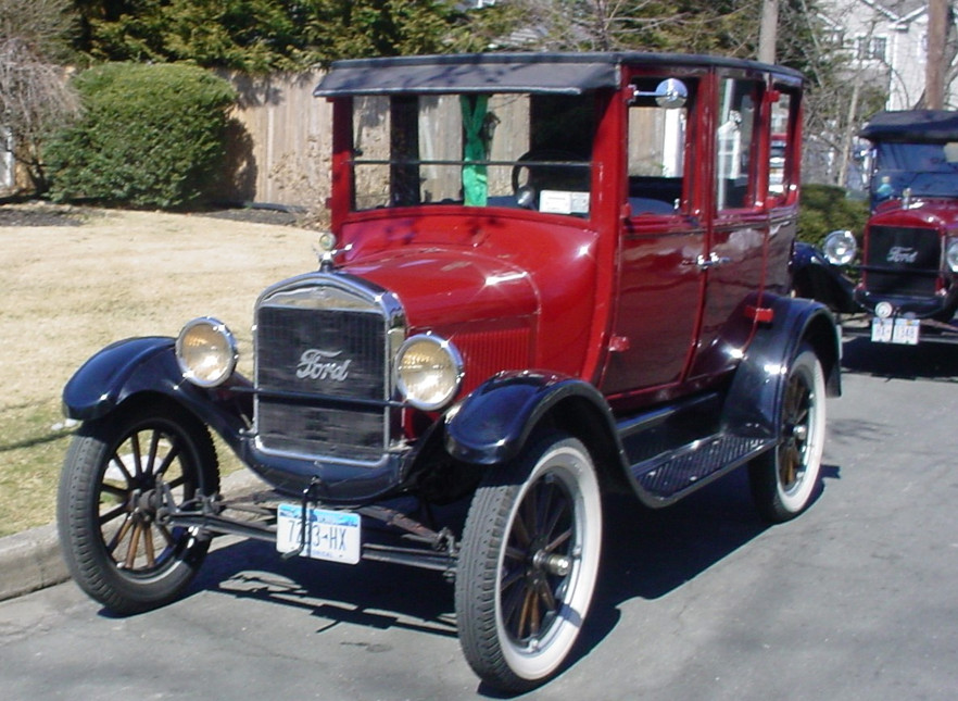 James Tavernese's 1923 Ford Model T coupe & Joe Tavernese's 1926 Ford pickup at the start of the parade