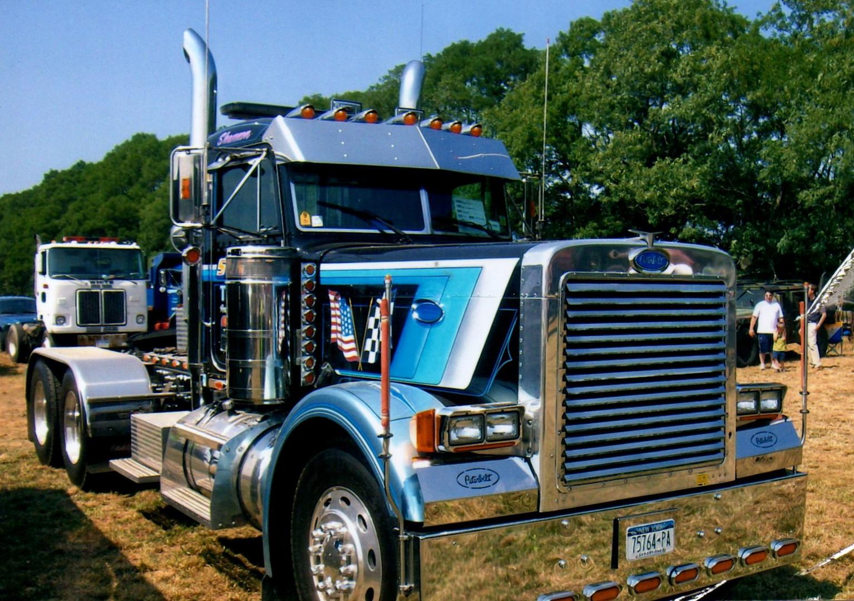 1997 Peterbilt 379 tractor - Barry Stanchio
