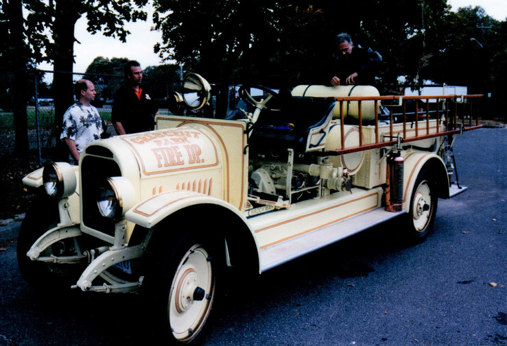 Philip & Rose Huntington drove their 1923 Brockway in the rain