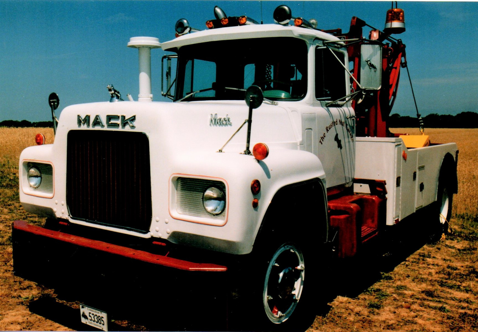 1969 Mack R-600 wrecker from Connecticut