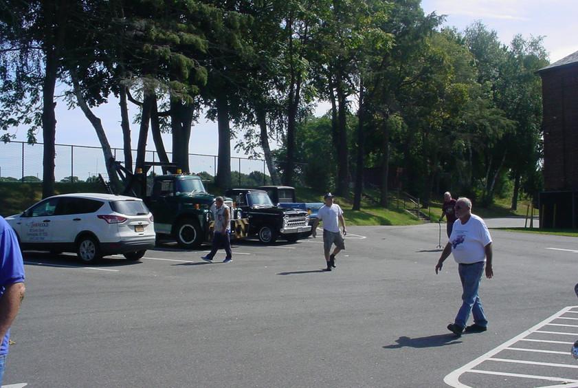 Member's Trucks at First stop - Kings Park Museum