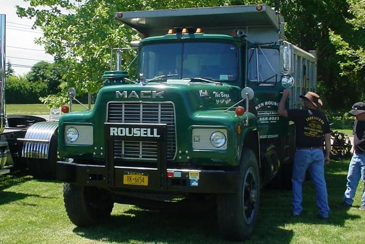 R model Mack dump