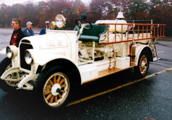 Philip Huntington's 1923 Brockway LaFrance Torpedo fire engine