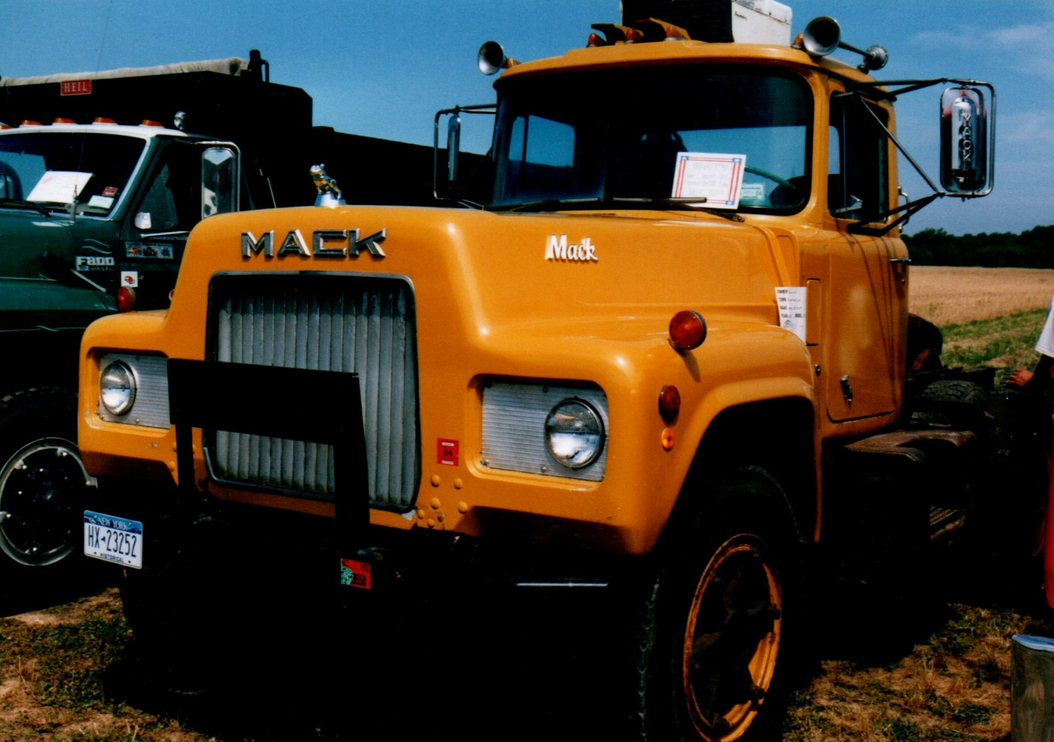 1969 Mack R-773ST tractor - Bob Connolly