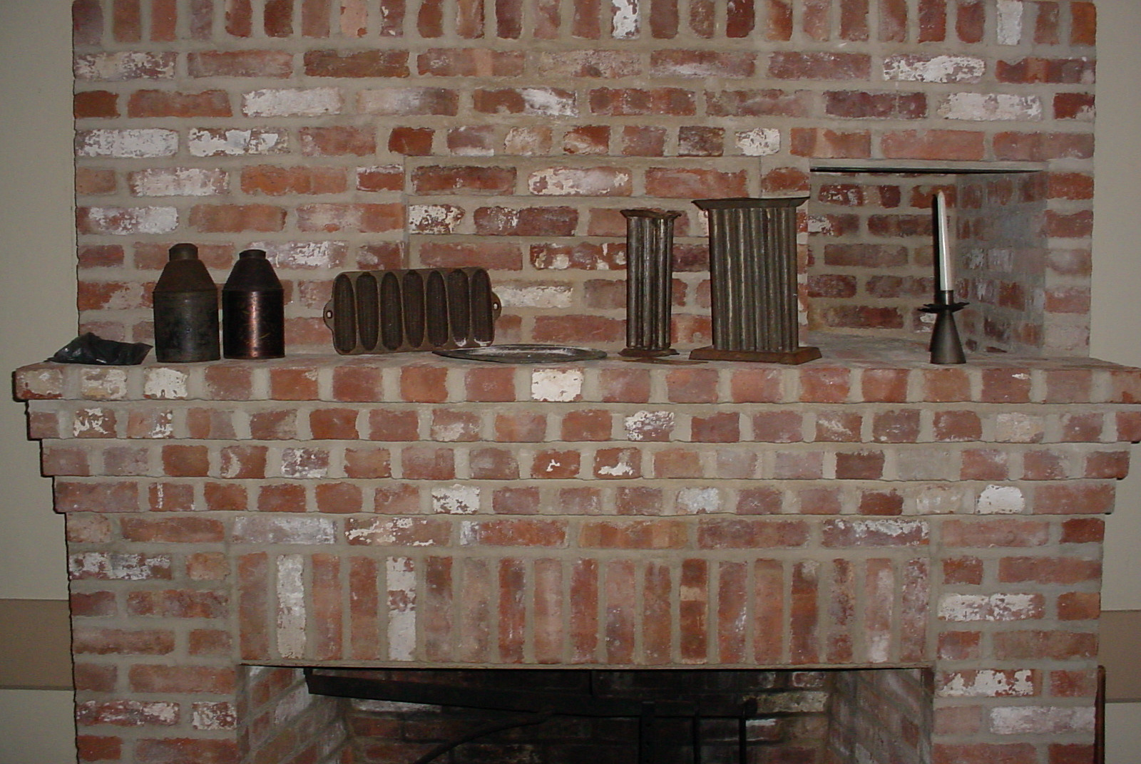 Open hearth in the Old House