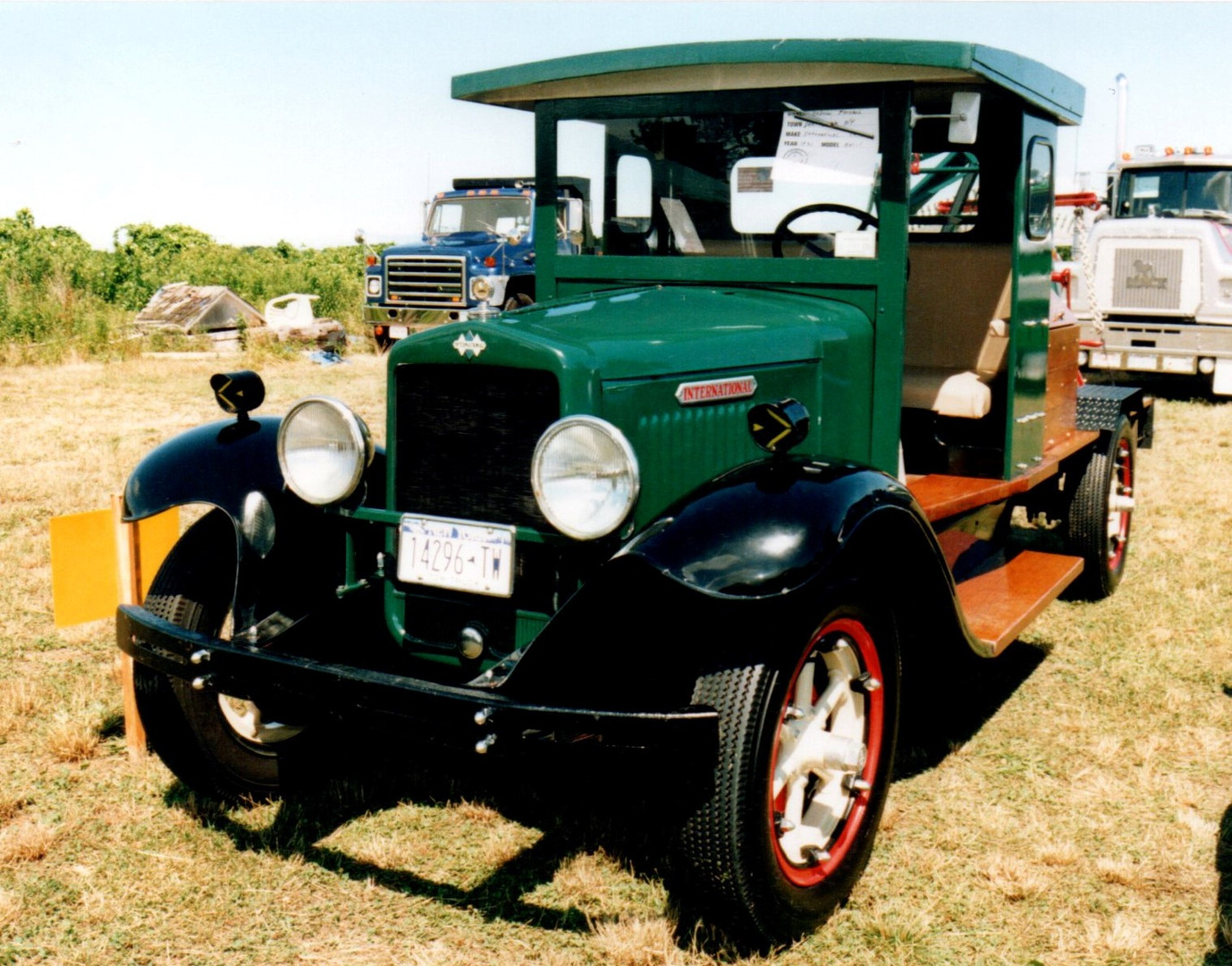 1931 International wrecker - Andrew Fornsel