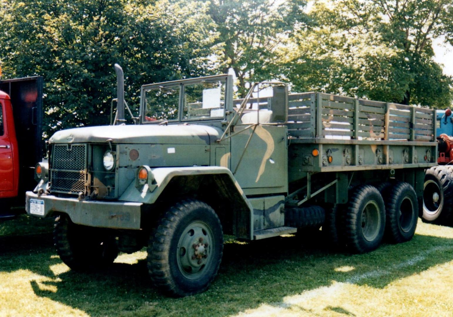AM 1972 General M35A2 cargo - David Viscardi