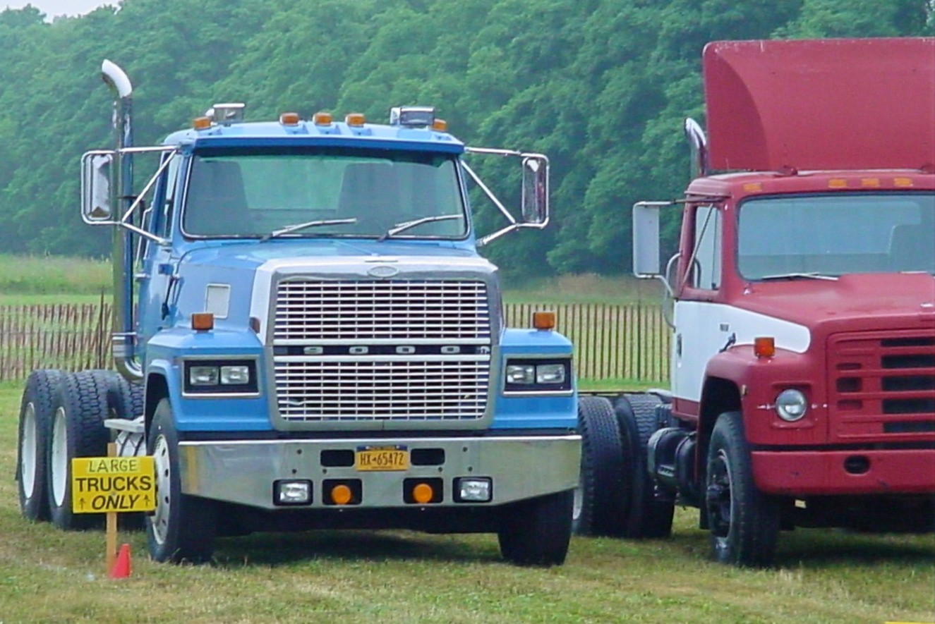 Steve Wolbert's 1990 Ford LTL-9000 tractor & 1981 International 1955 tractor