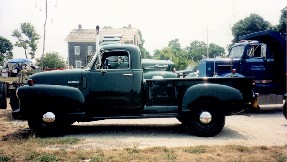 Jude Petroski's 1948 Chevrolet pickup at the first stop on the run - Hallockville Museum Farm in Riverhead