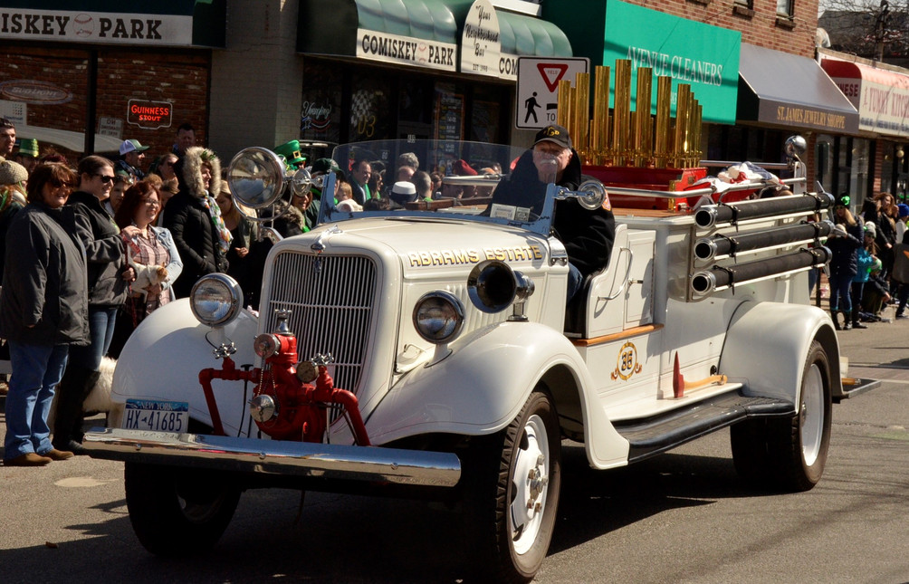 Floyd Chivvis' 1935 Ford fire engine