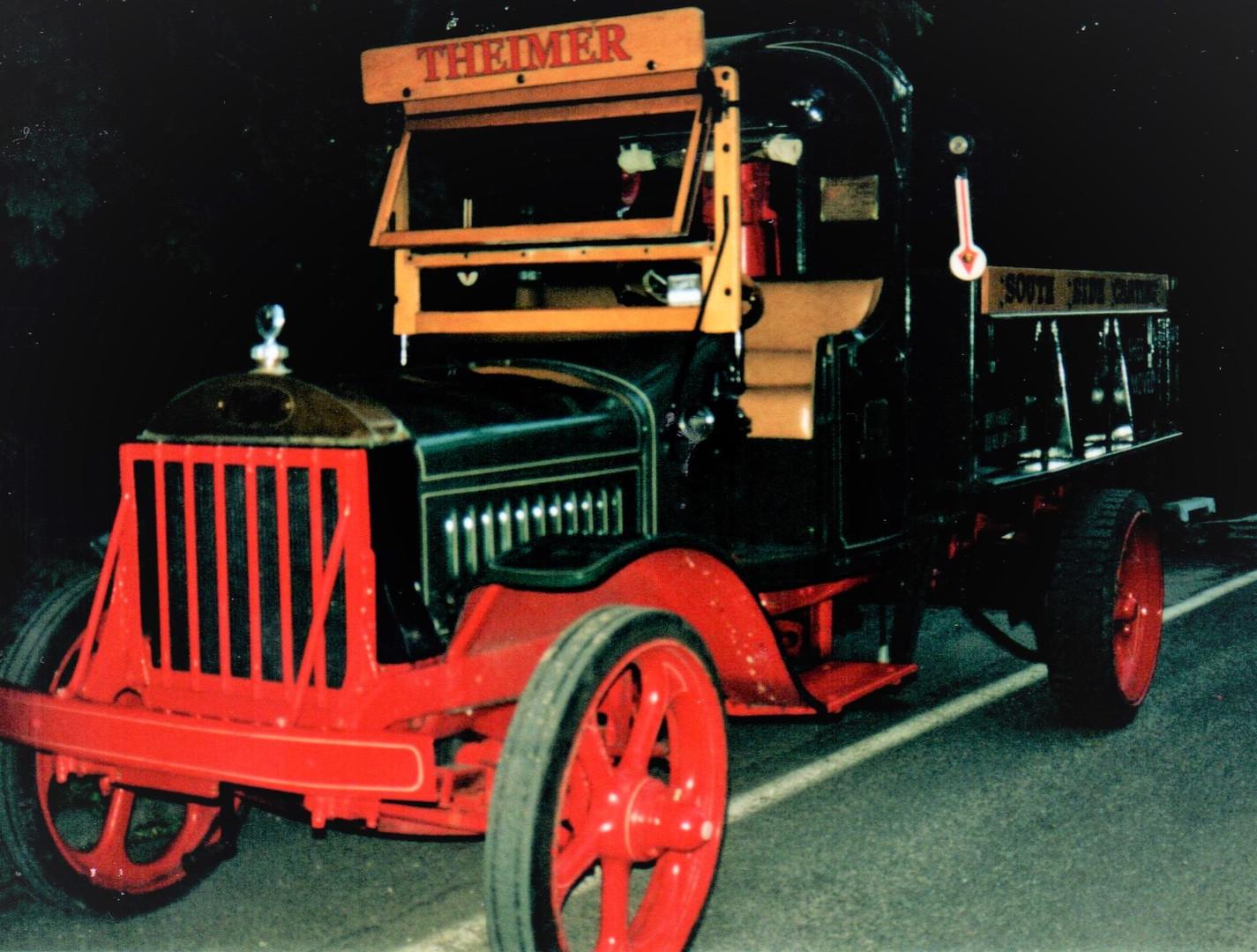 1925 Mack AB dump - Tony Guarnaschelli (driven by Tony's friend)