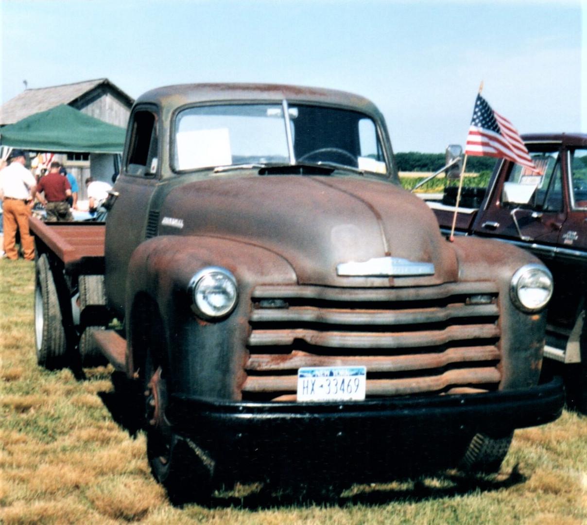 1952 Chevrolet 6100 flatbed - George Flaig