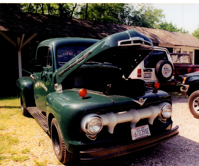 Ron Bush's 1951 Ford pickup with a Hemi engine