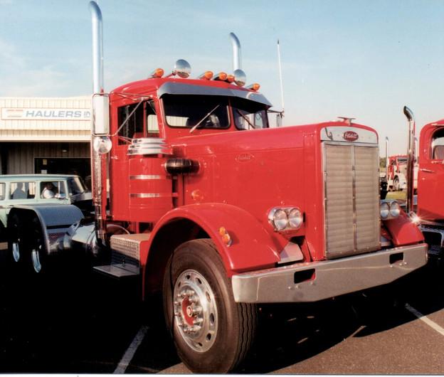 TS Haulers 1969 Peterbilt tractor